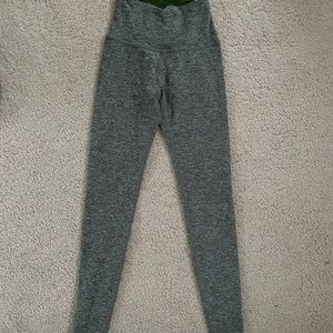Beyond Yoga spacedye heathered leggings small